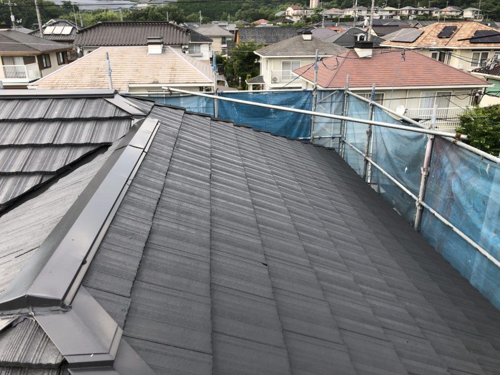 屋根塗装 仕上げ塗り